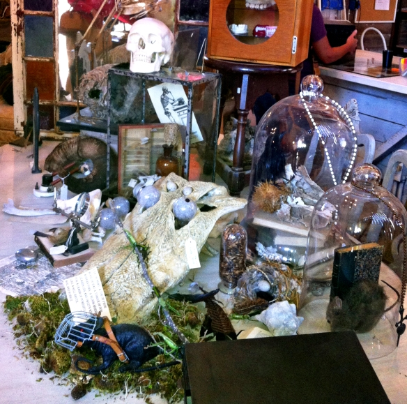 Matilda's Mouse antiques