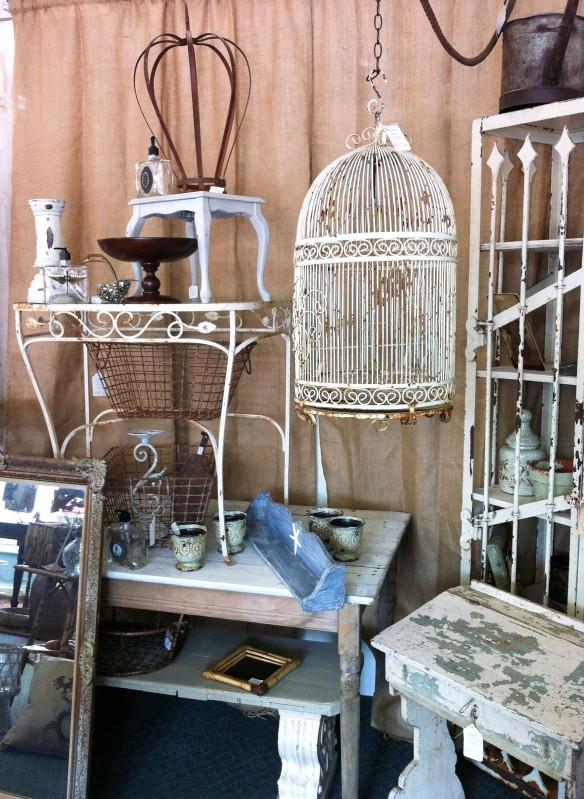 Newport Avenue Antiques