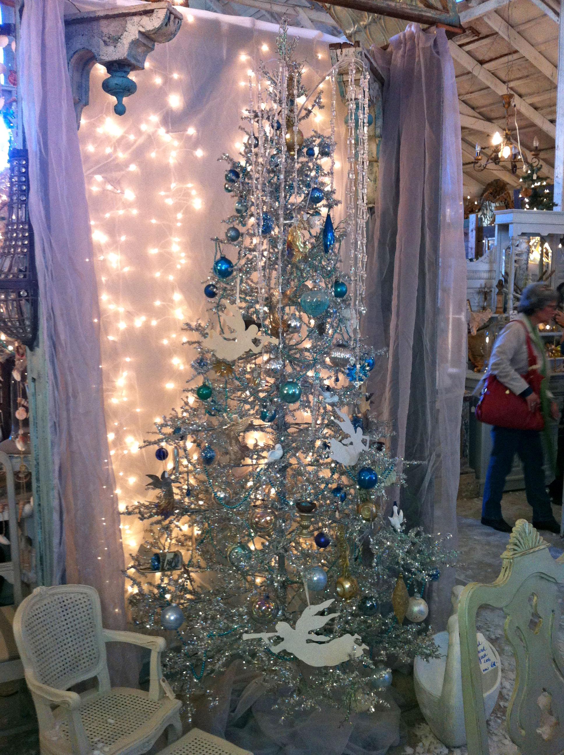 Matildas Mouse Silver Christmas Tree