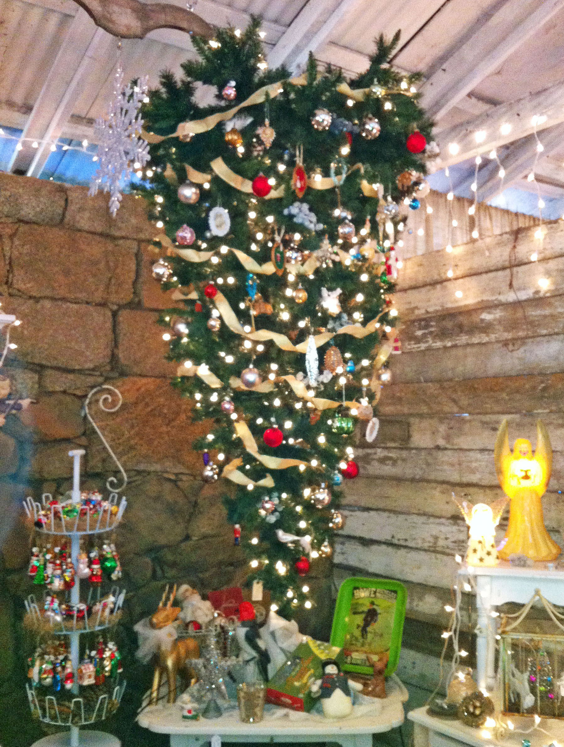 Matilda S Mouse Upside Down Christmas Tree Destashio