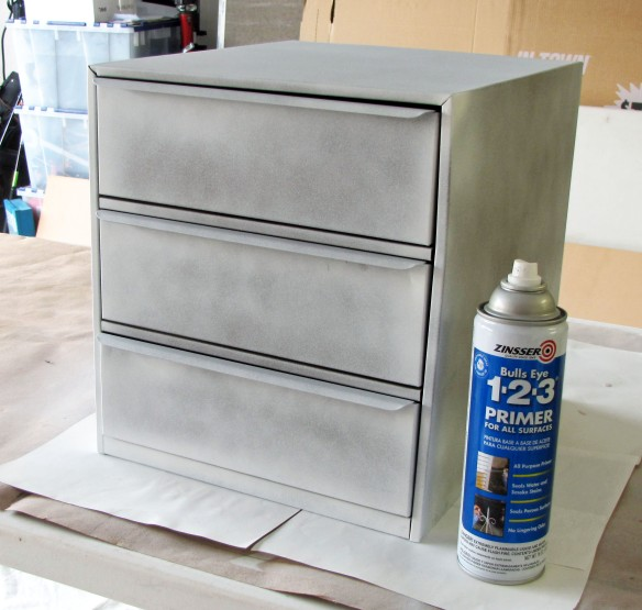 priming metal drawers