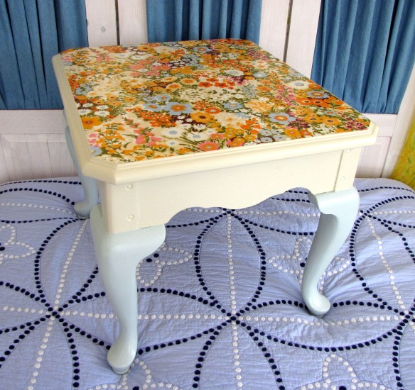 laminated fabric table