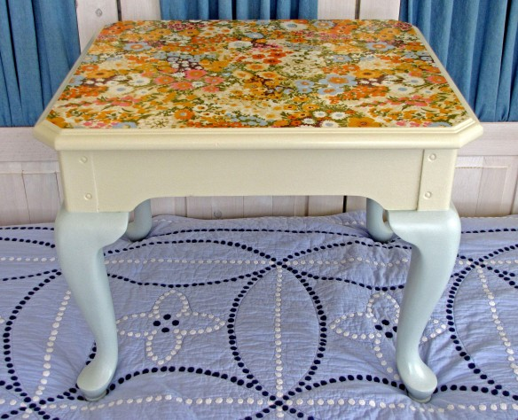 floral end table