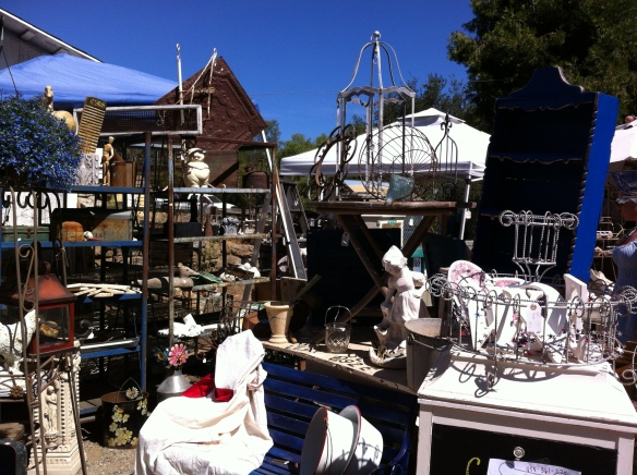 outdoor antique show