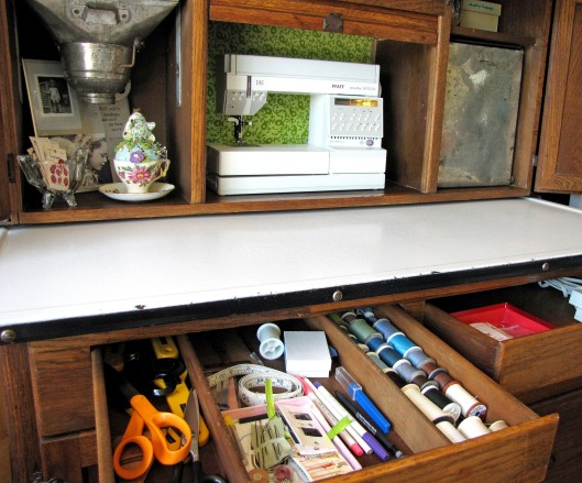 organized-sewing-notions