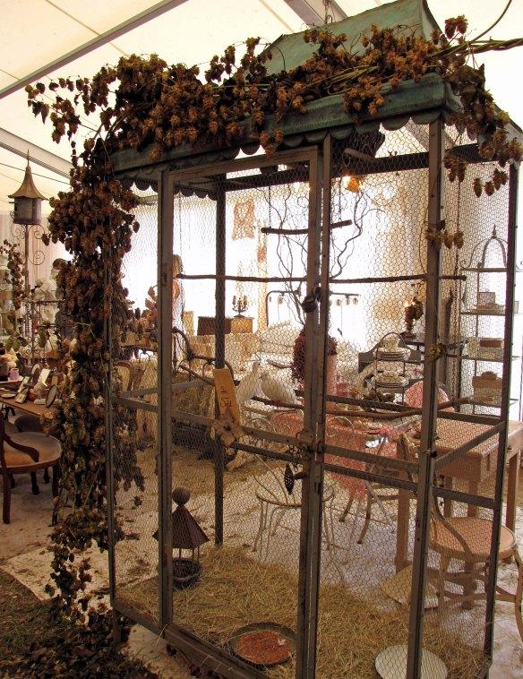 glamourous birdcage